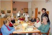 L\'accueil de jour en maison de retraite : un répit